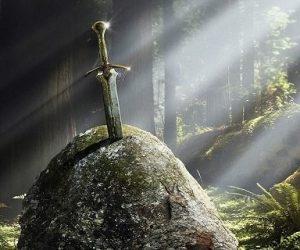 King-Arthur-Excalibur-Movie-Series-Franchise-Warner-Bros.-2014